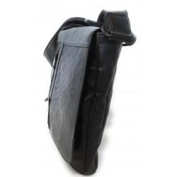 Borsello uomo a tracolla con patta  in pelle anticata,multitasche,art.18 Nero Made in Italy 28x24x5 cm